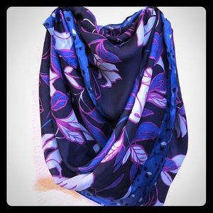NWT 100% silk Halogen Summer scarf/shawl